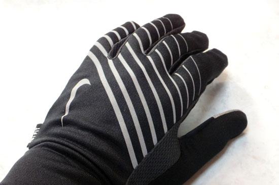 LIGHTWEIGHT_RUN_GLOVE_012.jpg